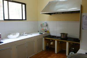 Admirez la cuisines et ses équipements modernes